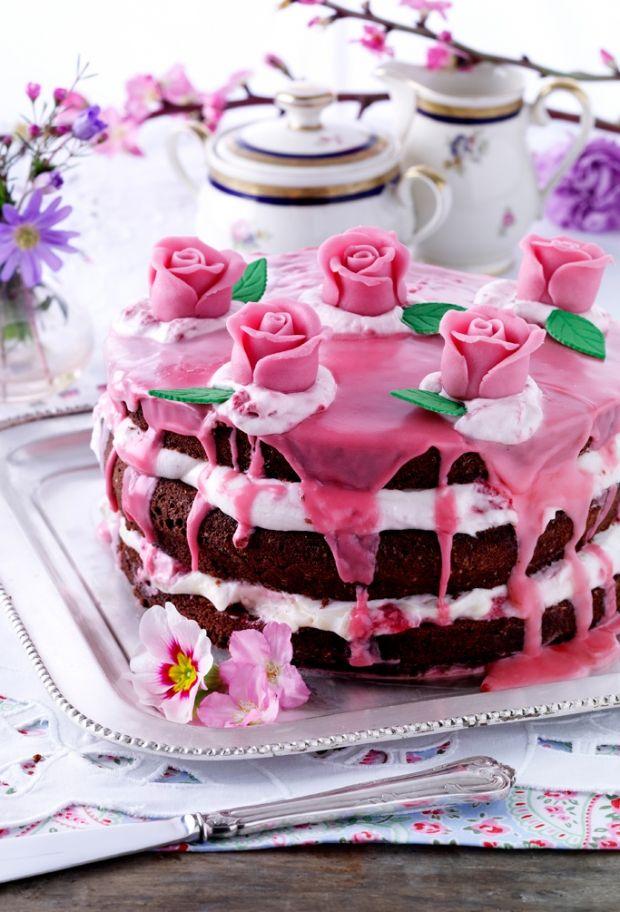 Lav en lækker chokoladelagkage til den næste fødselsdag.