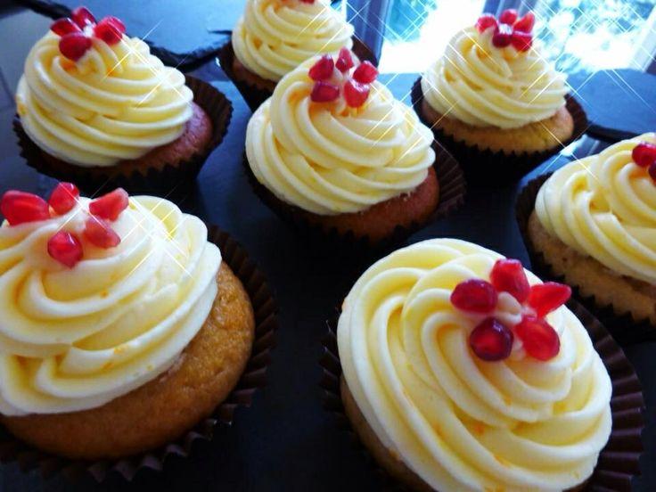 Orange, honey and pomegranate cupcakes