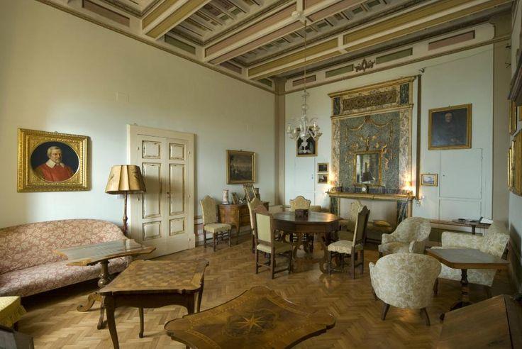 Salotto verde #antiquariato #arredo #stile #storia #classico #casamuseodeglioddi #perugia