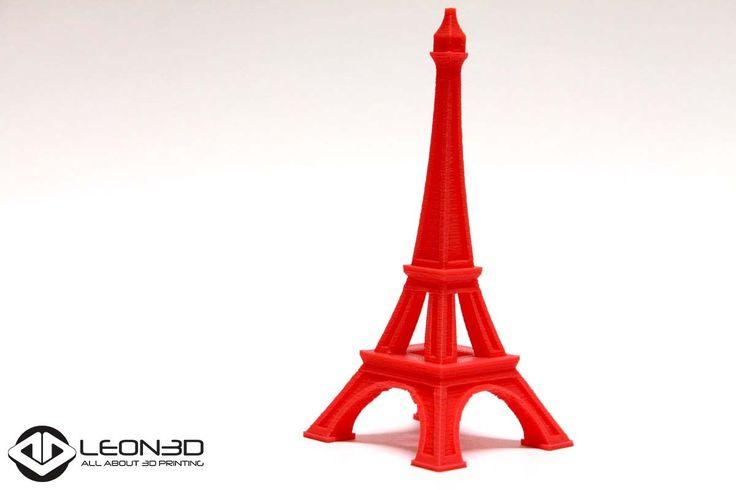 Torre Eiffel impresa en PLA ROJO  #LEON3D #LIONPRO3D #LEGIO3D #3dprinting #Leonesp