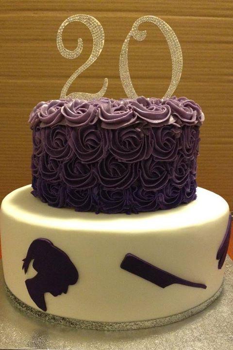 #chocolatecake #silhouette #hair #hairsalon #hairdresser #20anniversary #20 #rosecake #rosettecake #rose #dilicakes