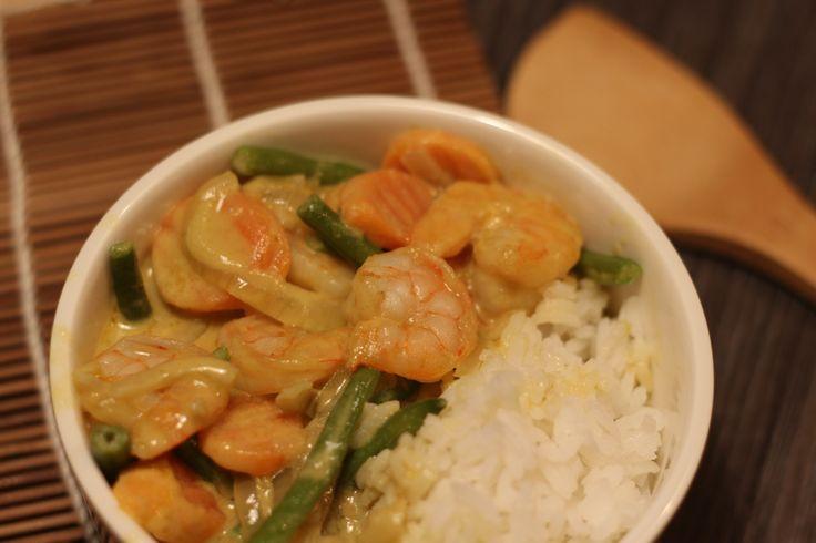 Gelbes Thai Curry mit Garnelen