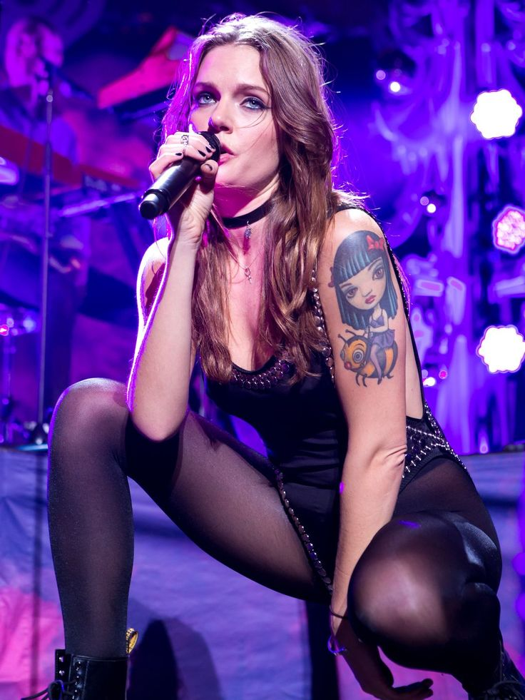 Tove Lo performs at KISS 108FM's Jingle Ball 2015 Presented by Capital One at TD Banknorth Garden in Boston.  Natasha Moustache, WireImage