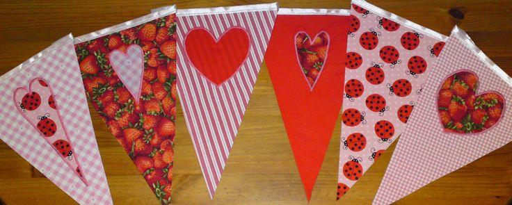 Strawberry banner - epres vitorlászászlók http://www.masnimesi.net/products/szamocas-vitorlaszaszlo-dekor/