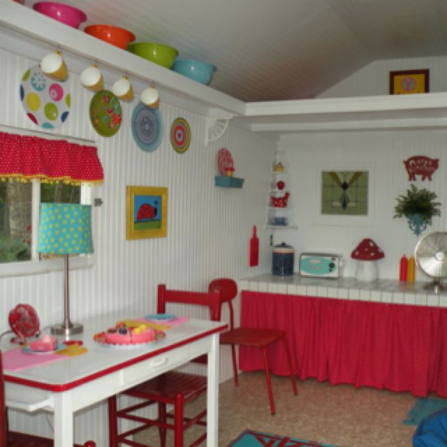 66 best images about wendy house ideas on pinterest play for Playhouse interior designs