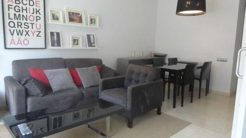 Está vivienda situada junto a la Avenida Pedralbes está en alquiler, con 1 hab, 1 baño y parking incluido.     🆗 www.tcflats.com - ☎ 934 145 236  http://qoo.ly/iqwx5