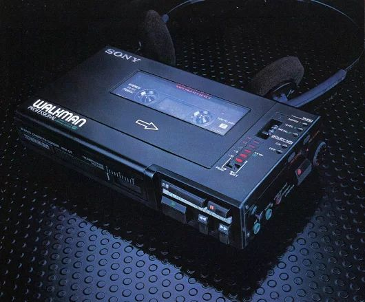 Professional Walkman 1982. SONY WM-D6. www.1001hifi.com