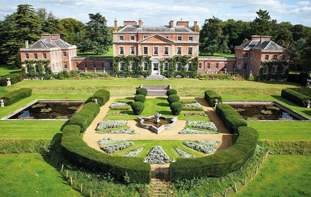 Castles & Manor Houses | decordesignreview:     Trafalgar House was gifted...