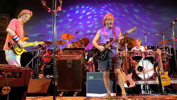 """#Deadheads! Have you signed yet? 7500+ signatures thus far! Link to petition at bottom of article. Deadheads seek to camp out near Soldier Field - When Jeremy Davis comes to Chicago this summer for what could be the Grateful Dead's final shows, the Florida man wants to camp in his RV in a parking lot near Soldier Field along with tens of thousands of other """"Deadheads"""" he considers family. That's why Davis on Sunday initiated an online petition asking the powers that be...  #GratefulDead…"""