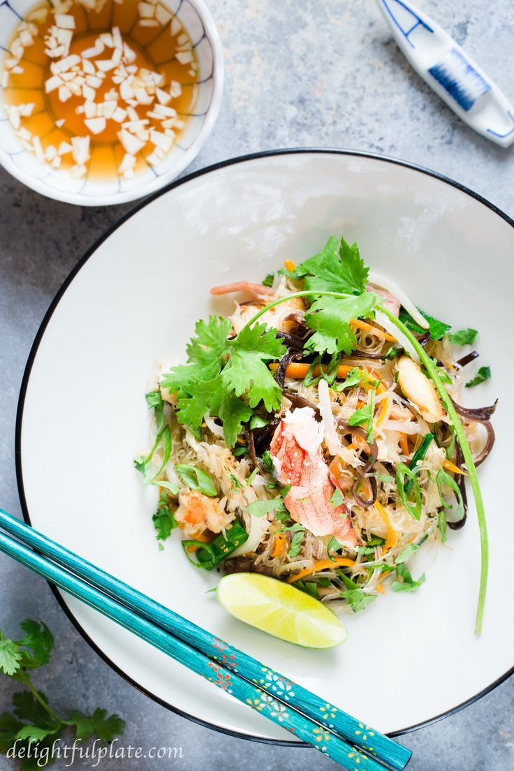 Vietnamese Crab Cellophane Noodles is incredibly delicious with sweet crab meat, soft noodles, crunchy vegetables, and refreshing lime fish sauce dressing.