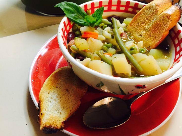 Sopa Minestrone: Los Beneficios de la Albahaca (Basil)