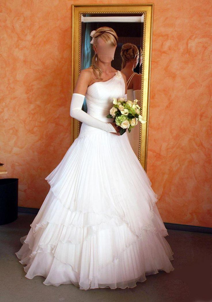 ♥ Traumkleid Pronovias 36/38 ♥  Ansehen: https://www.brautboerse.de/brautkleid-verkaufen/traumkleid-pronovias-3638/   #Brautkleider #Hochzeit #Wedding