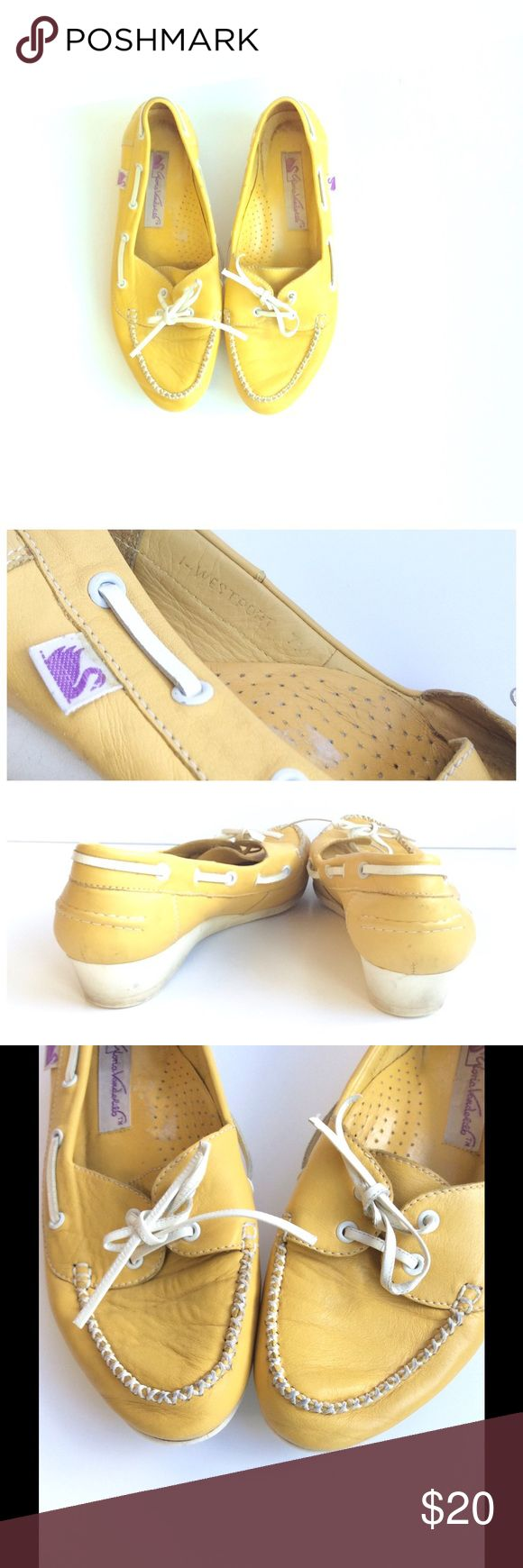 Vintage 80s Yellow Leather Loafers, Size 7M Vintage deck shoes from the 1980s in mustard yellow leather featuring white leather lace and wedge heels. Purple swan logo tag on side (I LOVE THIS) These are a vintage size 7M and will fit a modern size 6 1/2 to 7 due to vanity sizing. Check measurements below to be sure.  Brand: Gloria Vanderbilt Size: 7 M  Fabric: Leather Condition: Good - some scuffs and/or staining on wedge and sole. Writing on sole.  Measurements in inches: Length of insole…