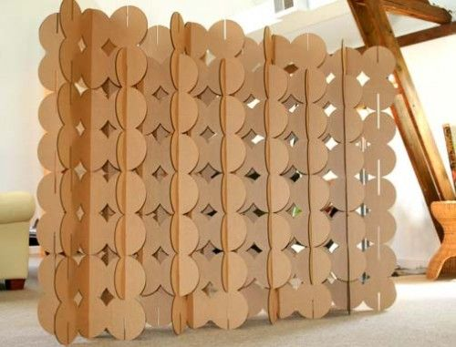 Another example of freestanding partition using cardboard. DIY option.