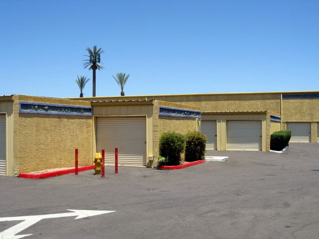 Storage West McClintock Is A Clean And Well Maintained Facility In Tempe,  AZ.