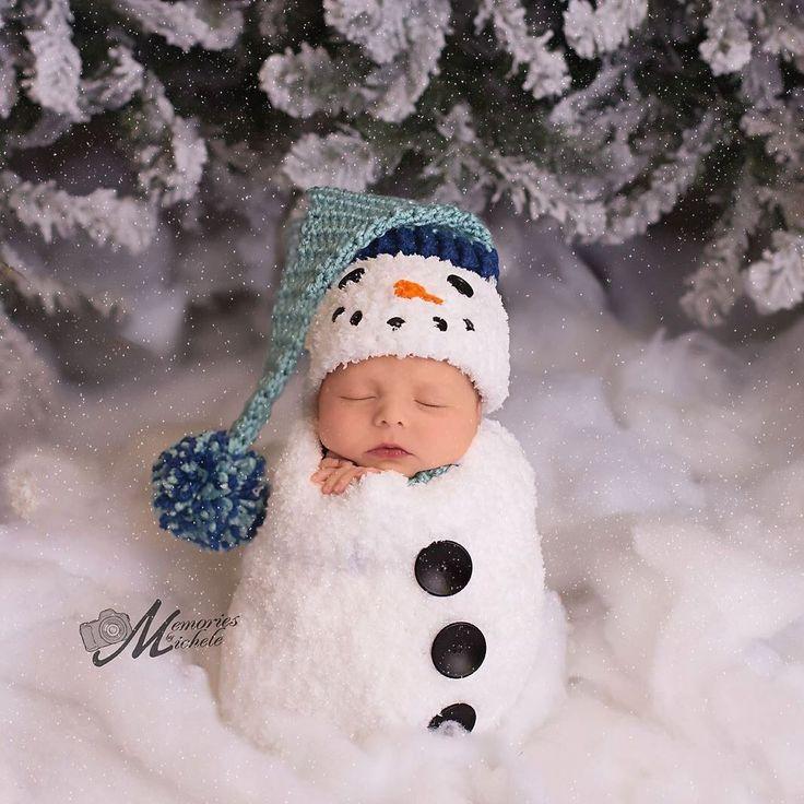 Pattern - Crochet Newborn Snowman Hat, Scarf, and Cocoon Set, Crochet Newborn Snowman Photo Prop, Babies First Christmas Crochet Pattern by AMKCrochet on Etsy https://www.etsy.com/listing/253823065/pattern-crochet-newborn-snowman-hat