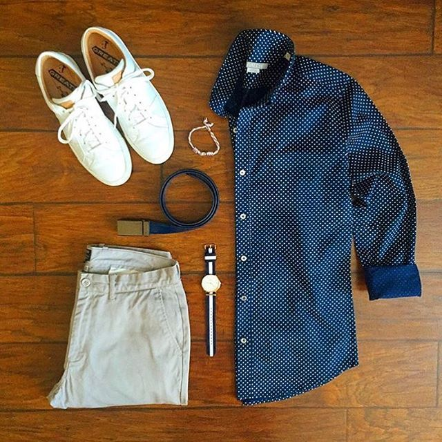 #SuitGrid by: @chrismehan ________________________________________  Follow @inisikpe for daily style/advice #SuitGrid to be featured  IniIkpe.com for fashion updates and more ________________________________________ Tap For Brands  Shirt: @batchmens Trousers: @jcrew Belt: @missionbeltco Shoes: @greatsbrand Watch: @danielwellington Bracelet: @maritimesupplyco