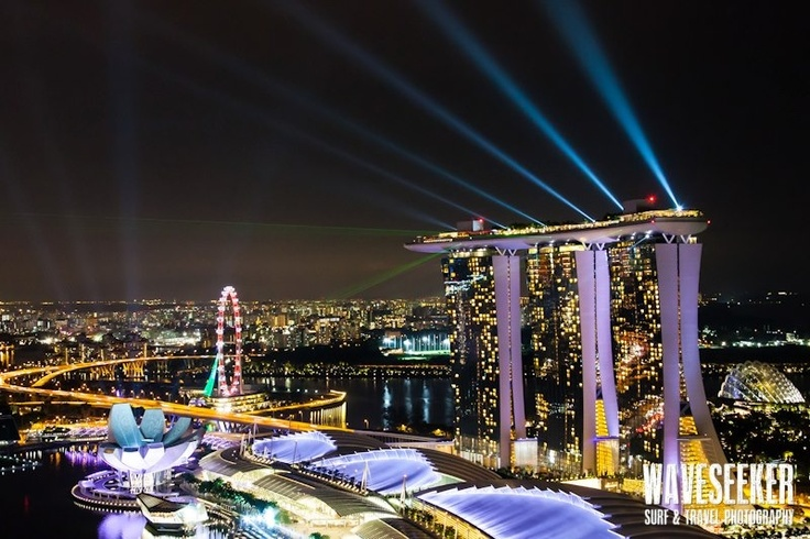 // Lightshow @ Marina Bay Sands / Singapore