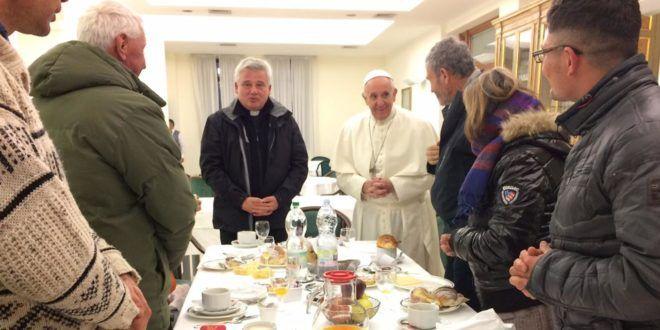 """El papa Francisco cumple 80 años: """"Recen para que mi vejez sea tranquila y alegre"""" - Mundo Euro Latino"""