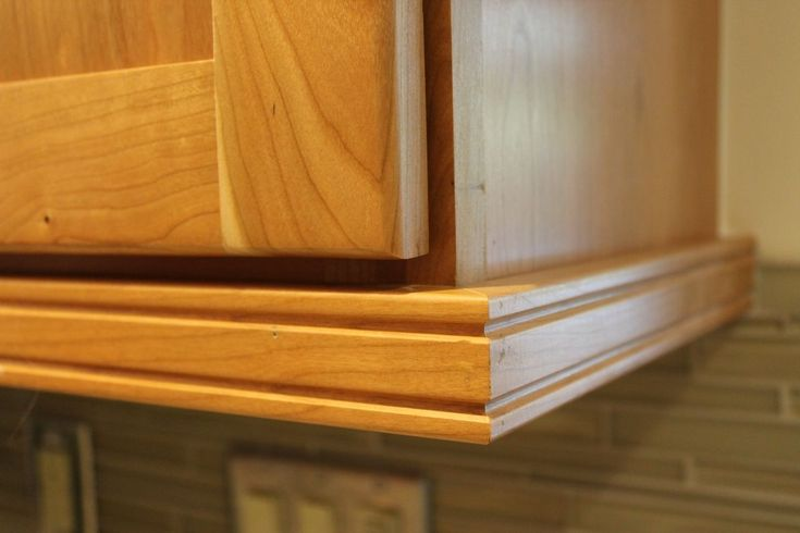 Under Cabinet Molding Kitchen Cabinets Great Kitchen