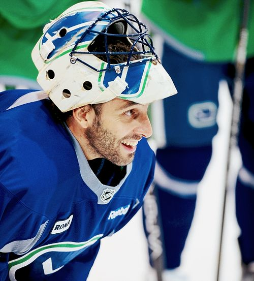 Roberto Luongo, Vancouver Canucks (Credit: juicepls | Tumblr)