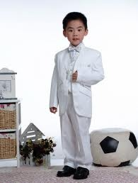 Fabulous boys fashion he'll love! From casual looks to suits for boys perfect for a party, buy in here now.