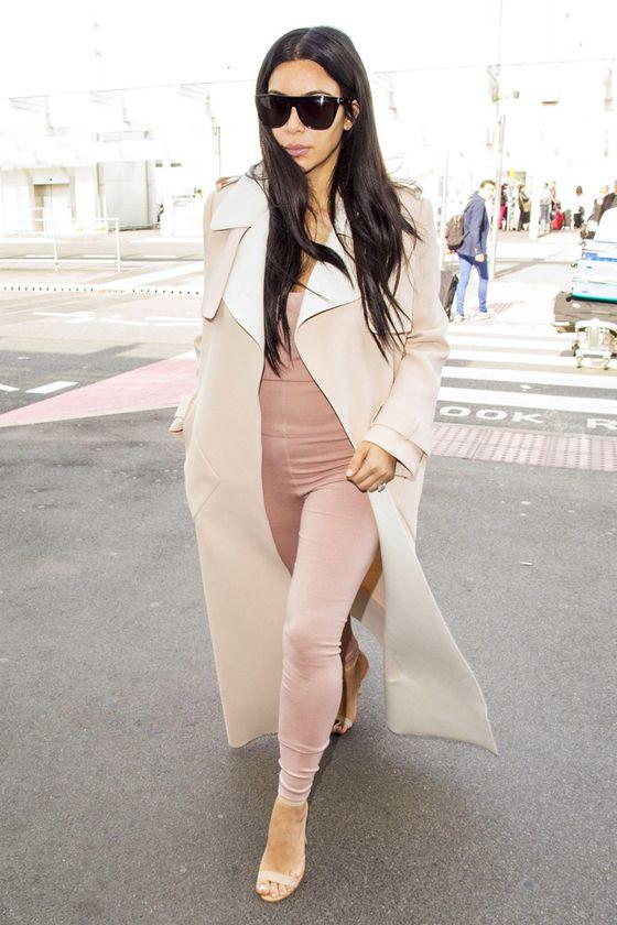 Vestir como el final de una película: Un trench, Kim Kardashian y el recuerdo de Audrey Hepburn | Bloc de Moda: Noticias de moda, fashion y belleza Otoño Invierno 2015