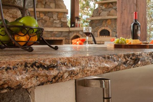 Granite Edges: The Finishing Touch