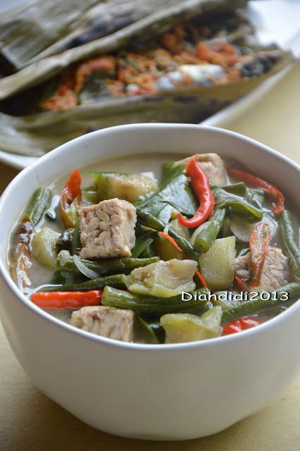 Diah Didi's Kitchen: Menu Makan Siang..Sayur Lodeh dan Pepes Pindang saja..^_^ #indonesianfood