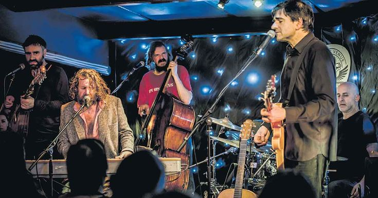 The Hothouse Flowers are at Vicar Street this Thursday 22nd Feb, pop in to WFG for a pre-concert early bird! http://www.whitefriargrill.ie/restaurant-dublin-brunch/hothouse-flowers-vicar-street/