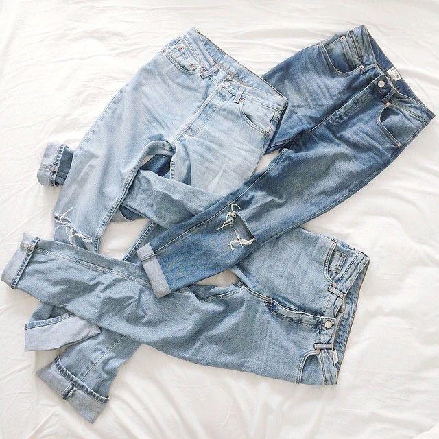 Tra i trend di denim più in voga degli ultimi tempi ci sono i jeans... vintage. Sì, vintage! Nel senso di usati, strappati, slavati. Sai quali sono e come indossarli?   #vintagedenim #fashiontrend #fashion #trend #ripped #jeans #denim #spring #summer #2016 #fashiontrends