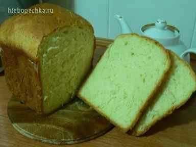 Хлеб пшеничный молочный с кунжутом (хлебопечка)Ингредиенты  Молоко310 мл Сахар2,5 ст.л. (мерные) Соль1,5 ч.л. (мерные) Масло сливочное60 г Мука пшеничная500 г Сухие дрожжи2 ч.л. (мерные) Кунжут40 г