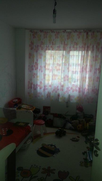 Vanzare apartament 3 camere zona Racadau  , Brasov