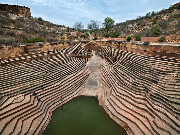 By Edward Burtynsky - Nahagarh Cistern, Jiapur, India. An example of stepwell architecture.