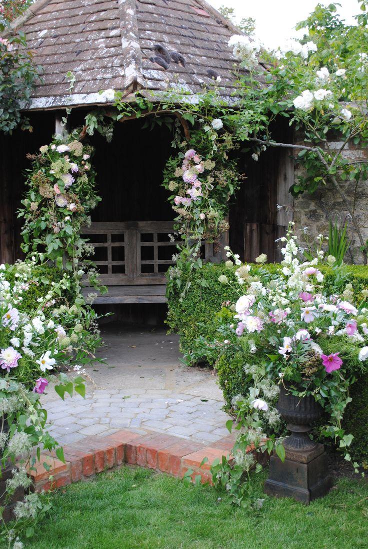 Garden folly decorated for blessing urns of cosmos for Garden folly designs