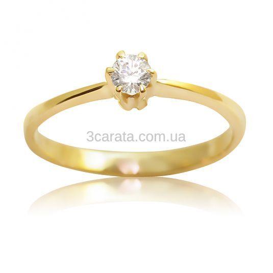 Недорогое кольцо для помолвки из золота 585 пробы с одним бриллиантом - солитером 0,12 карат, 3 мм - элегантное и подчеркивающее стиль ювелирное украшение. Цена за вес 1,6 грамм.