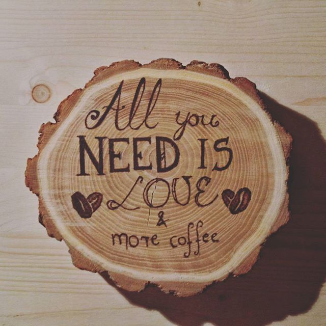 Slice of wood burning session! #wood #woods #woodburning #pyrography #nature #hot #coffee #lol #webstagram  #burning #art #artist_help @art_collective @worldofartists @artistsdrop #artistdrop #allyouneed #feeling #more #love #coffeelover #coffeebreak #coffeetime #coffeebean #graffkodesign