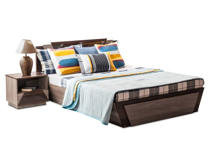 THOMAS/A Modern Manual King Bed from Durian has a high gloss, with sleek lines and a gorgeously detailed headboard, that makes the Thomas an incredible addition to the bedroom.