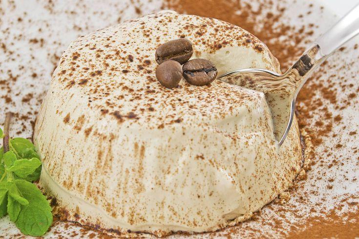 Il semifreddo al caffè è un dolce semplice, sfizioso e gustosissimo, ottimo come…