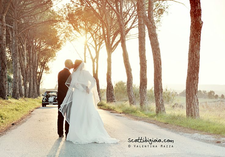 www.scattidigioia.com A kiss at sunset in the Sicilian countryside, is the most romantic thing you can imagine