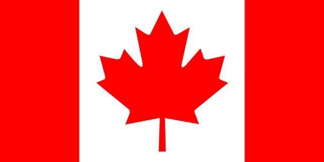 Lucia de Berk is geboren in Nederland, maar heeft een tijdje in Canada gewoont. Zij heeft daarhaar middelbare school afgemaakt. omdat zij wilde studeren om verpleegkundige te worden, heeft zij haar Canadees diploma vervalst om zo te worden toegelaten
