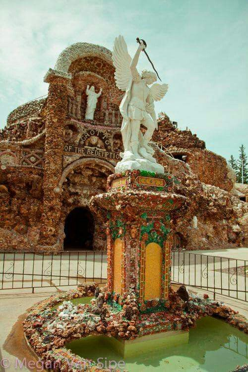 Grotto Of Redemption West Bend Iowa Usa Places Cool