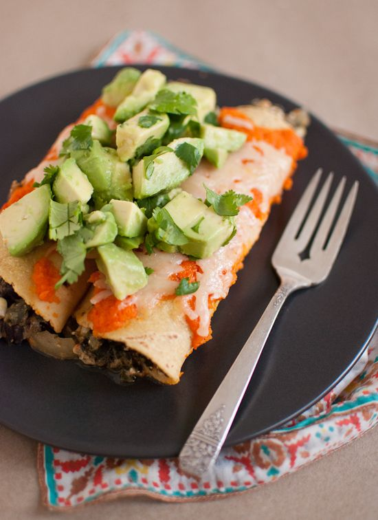 black bean enchiladas with roasted red pepper sauce and avocados from @Kathryne