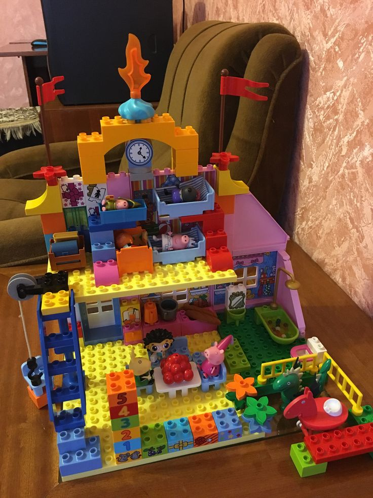Amazing castle Lego Duplo for Peppa pig and her friends