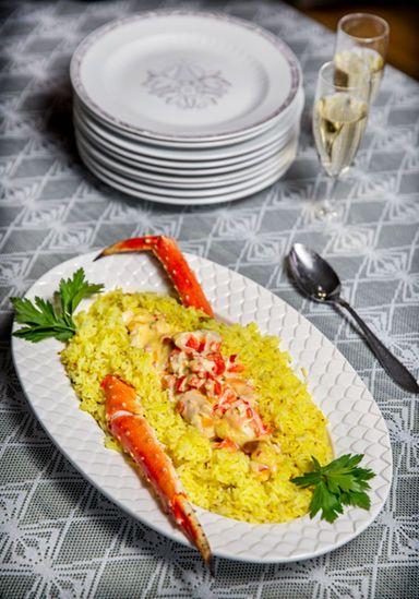 Tore Wretman presenterade många recept på hummer, som ju är klassisk nyårsmat.