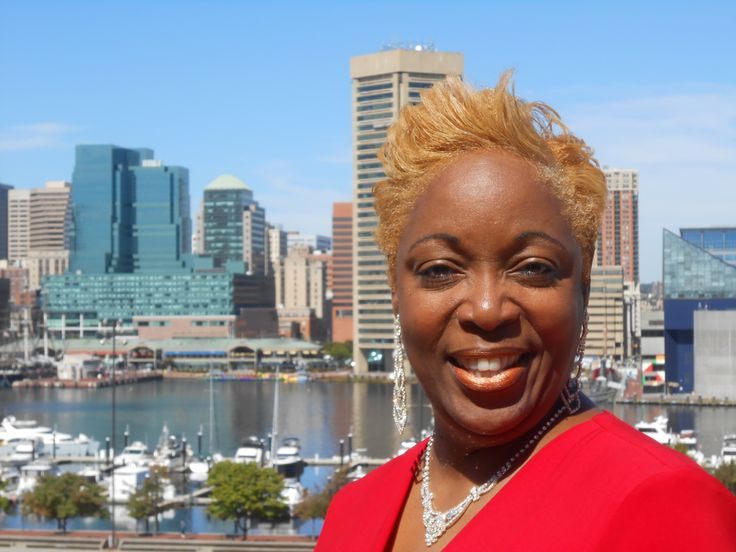 """Sherl Randolph is a visionary business woman who believes business owners and entrepreneur's growth success is her core to the """"WHY"""" of being in business. Sherl has over 20 years of experience in accounting, financial services, business management and social networking.  """"The Connect the Dots Networker"""" is your """"fire starter"""" and """"growth cheerleader"""" in business!"""