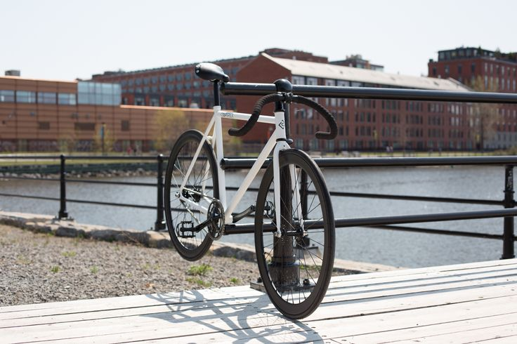 Courselle Cycles - Le Saint-Antoine fixed gear / single speed / fixie bike