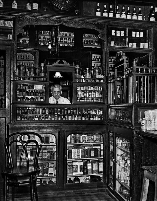 Ara Güler, 1958, Pharmacist and old-fashioned pharmacy at Tepebasi (Istanbul)