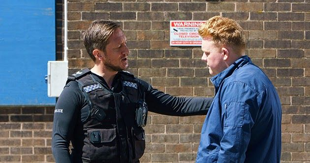 Nasty copper Neil gets his comeuppance in Corrie