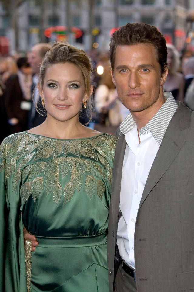 Kate Hudson impersonates Matthew McConaughey perfectly.